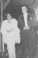 Henriette et Fernand lors d'une soirée