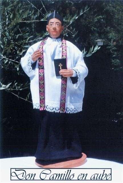 http://fernandel.online.fr/images/santons/santon_don_camillo2.jpg
